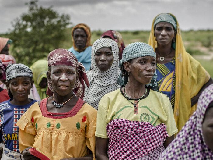 Naisia Sahelin alueella